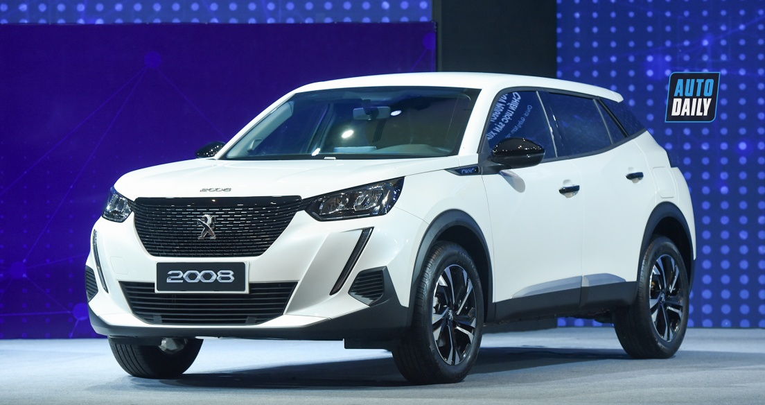 Đánh giá Peugeot 2008 2021 bản Active giá 739 triệu đấu Corolla Cross G