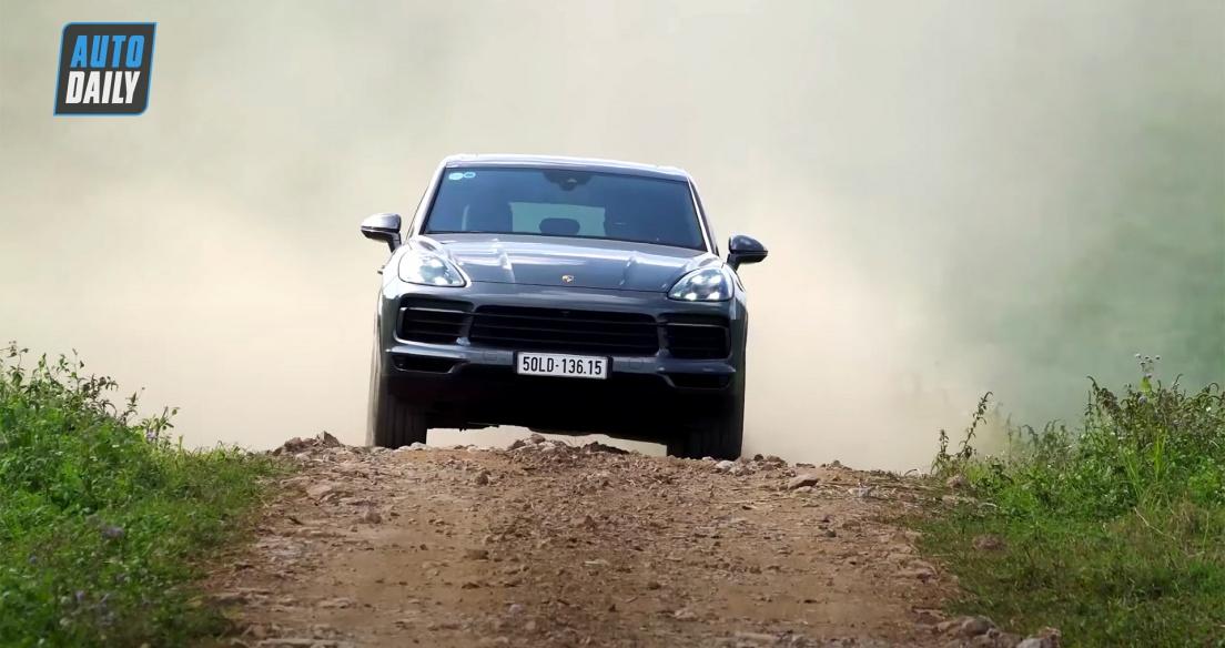 Teaser Porsche Cayenne - Một từ thôi: ĐẲNG CẤP