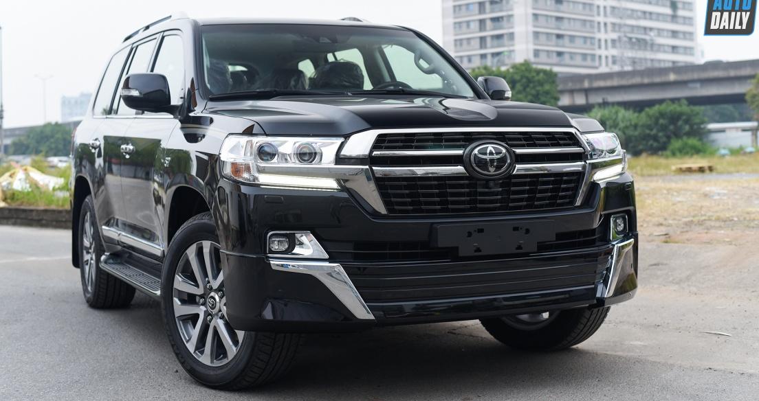 Diện kiến Toyota Land Cruiser VXS V8 5.7L 2021 giá hơn 8 tỷ tại Việt Nam