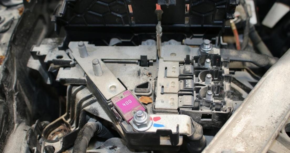 Mercedes-Benz Việt Nam phản hồi về nguyên nhân gây cháy xe GLC 200