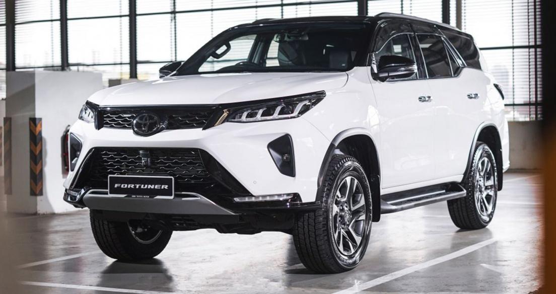 Toyota Fortuner 2021 ra mắt tại Malaysia, giá từ 41.400 USD