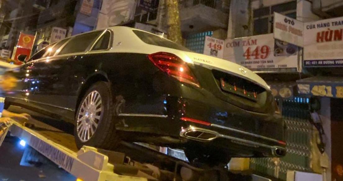 Mercedes-Maybach S650 Pullman thứ 2 về Việt Nam