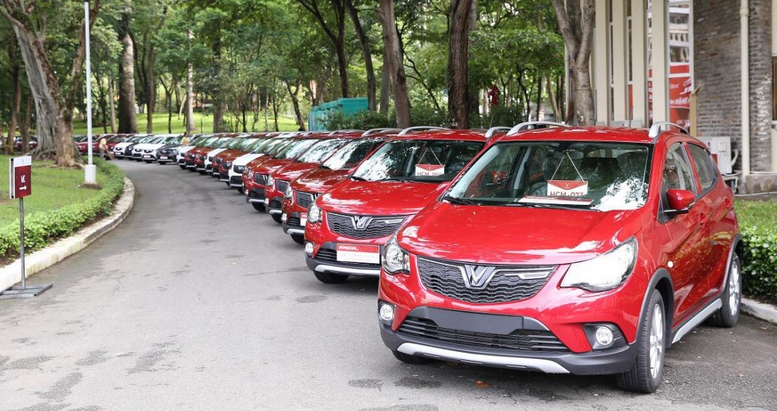 Tháng 1/2021: VinFast bán được hơn 2.800 xe, Fadil lọt Top xe bán chạy
