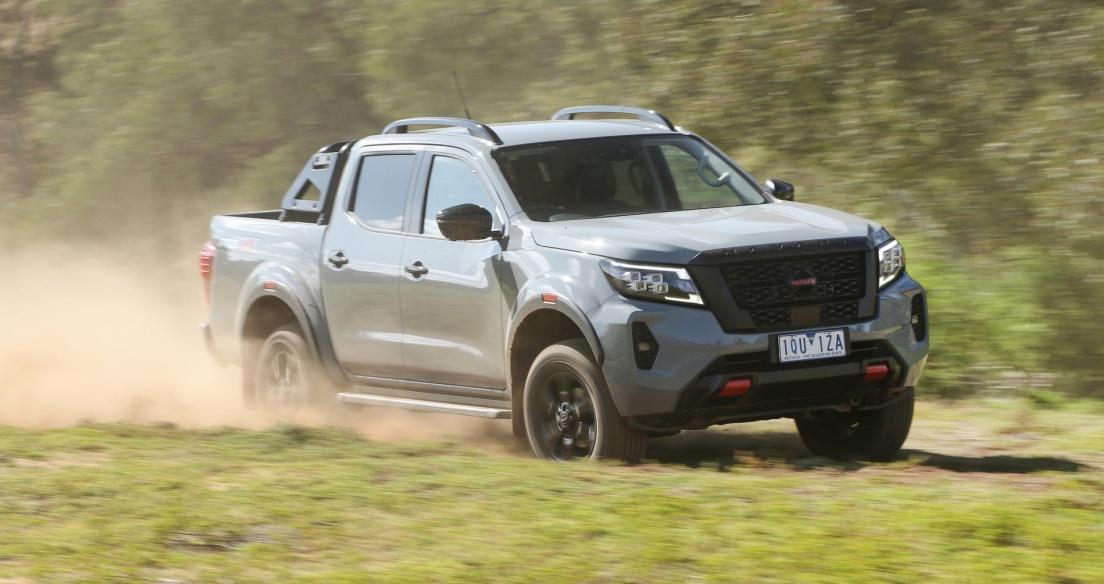 Nissan Navara 2021 chốt giá từ 26.337 USD tại Australia