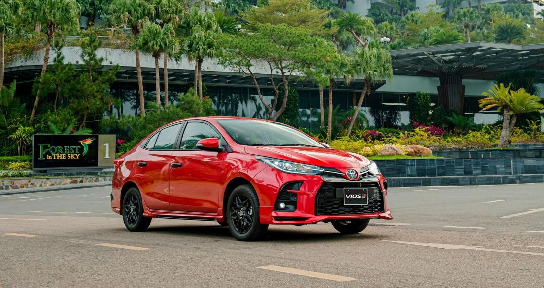Tháng 2/2021: Doanh số xe Toyota Việt Nam giảm mạnh, đạt 2.451 xe