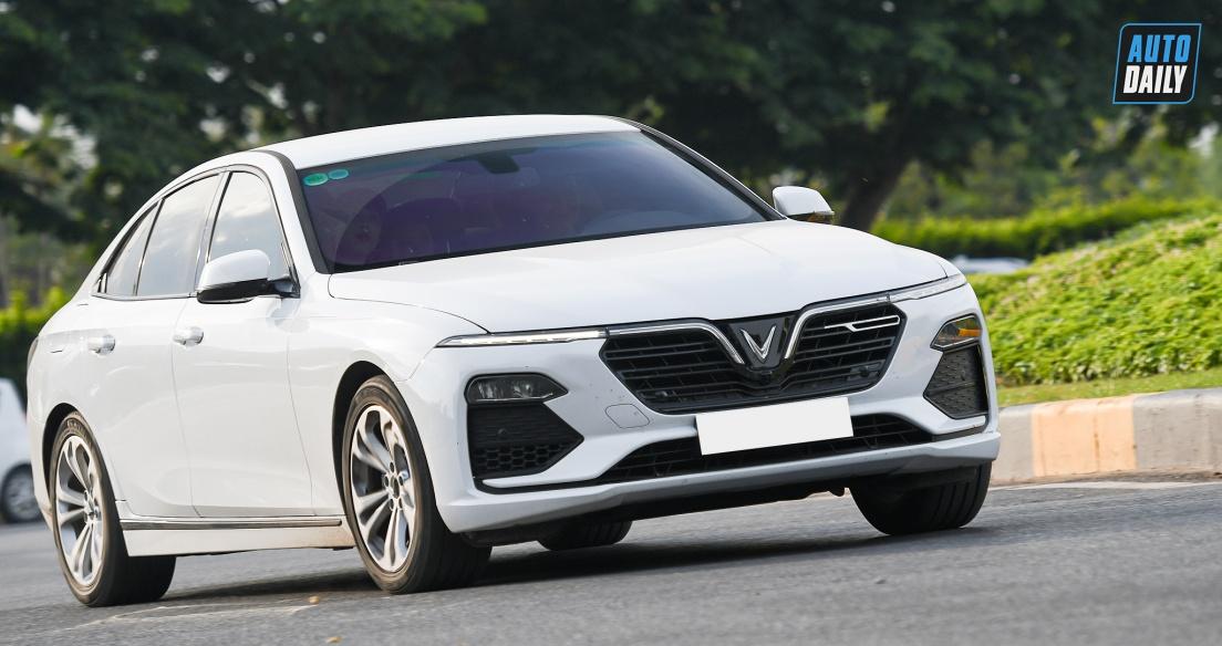 Sedan tầm giá 1 tỷ tháng 2/2021: VinFast Lux A2.0 thắng áp đảo