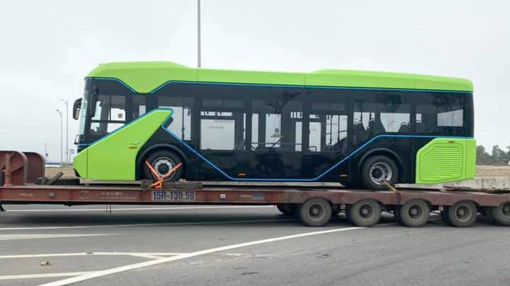 Xe Bus điện VinFast lộ 'ảnh nóng', sắp chính thức vận hành?