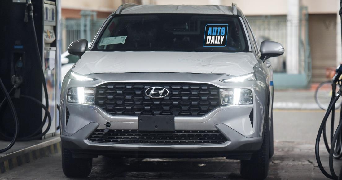 Thêm Hyundai Santa Fe 2021 xuất hiện trên phố Hà Nội, nhập khẩu Hàn Quốc