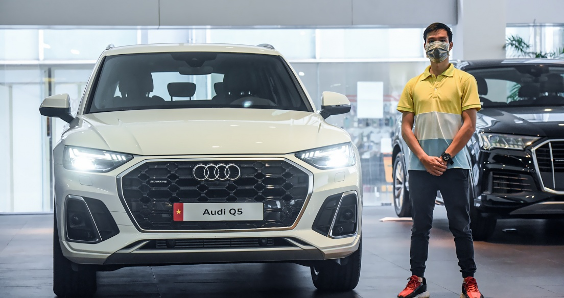 Khám phá chi tiết Audi Q5 S Line 2021, Mercedes GLC phải dè chừng