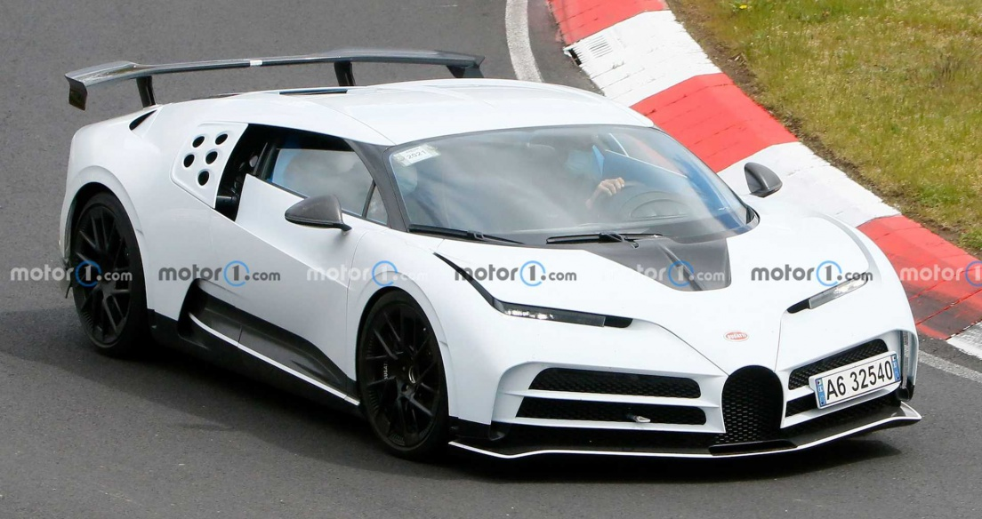Bugatti Centodieci 9,7 triệu USD bản sản xuất bắt đầu chạy thử nghiệm