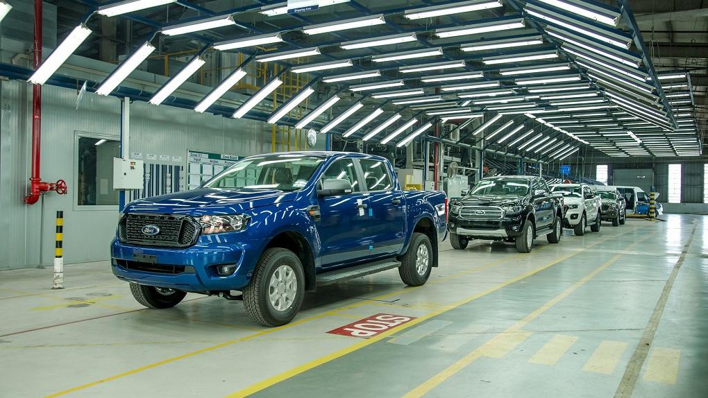 Ford Ranger 2021 lắp ráp trong nước xuất xưởng, giá từ 616 triệu đồng
