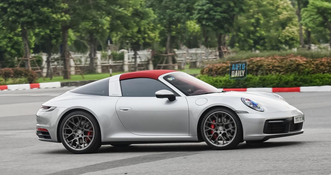 Autodaily Street Shots (P12): Porsche 911 Targa 4S 2021 và G65 AMG độc nhất Việt Nam