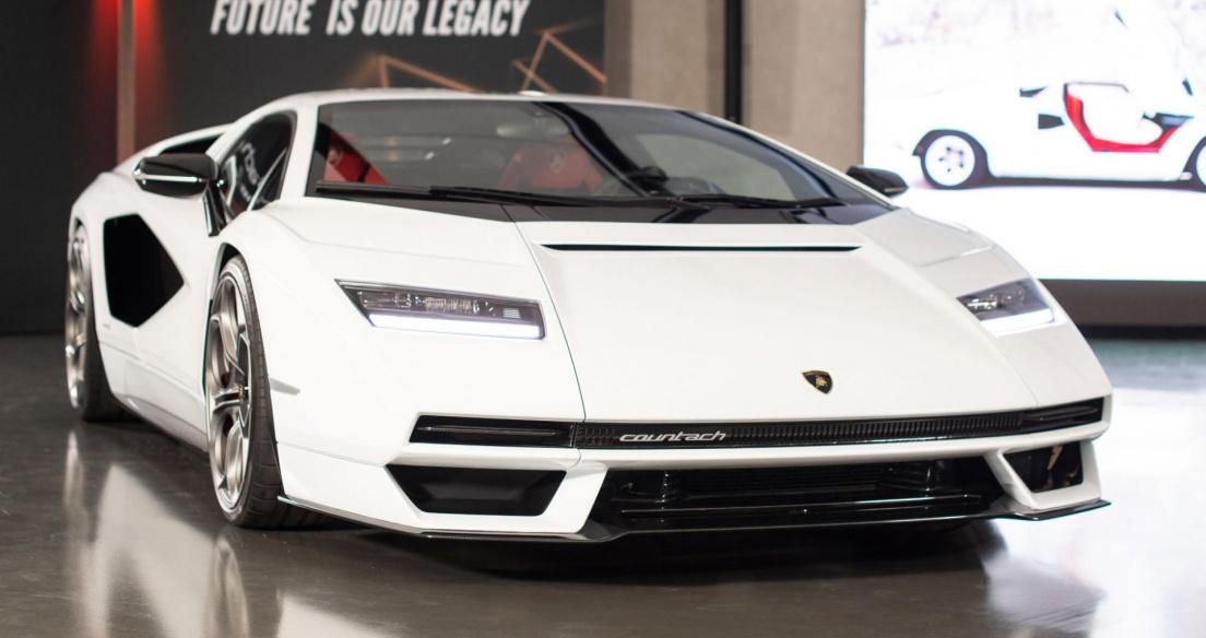 Những điều bạn có thể chưa biết về Lamborghini Countach LPI 800-4
