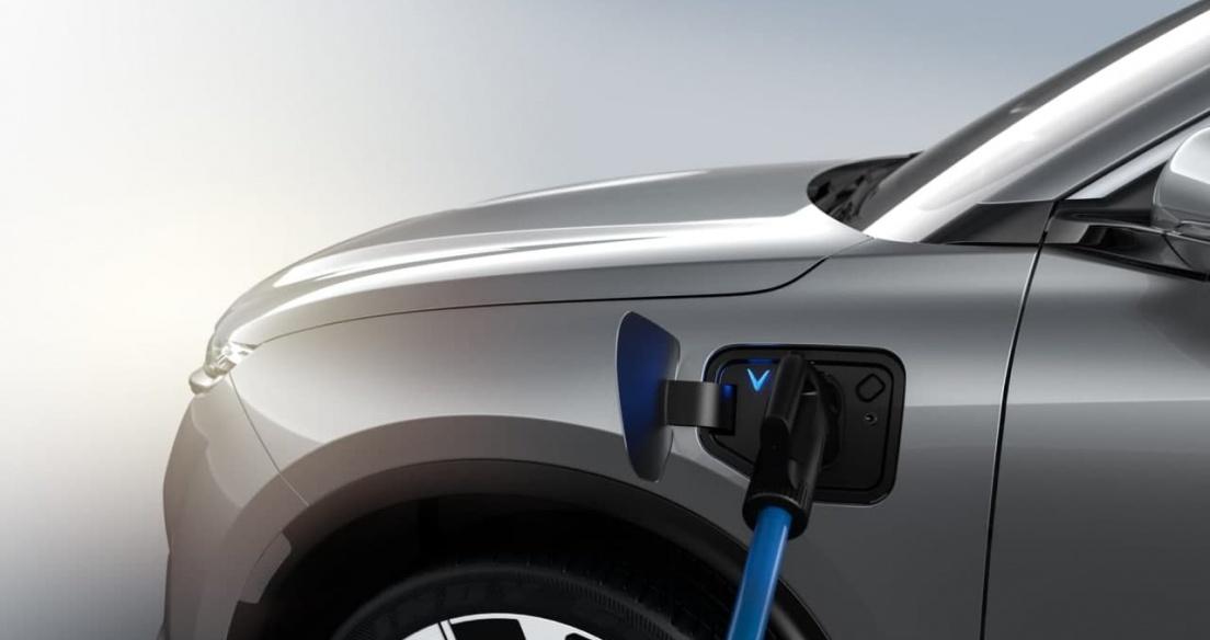 """VinFast sẽ sở hữu công nghệ """"siêu pin"""" trước Tesla?"""