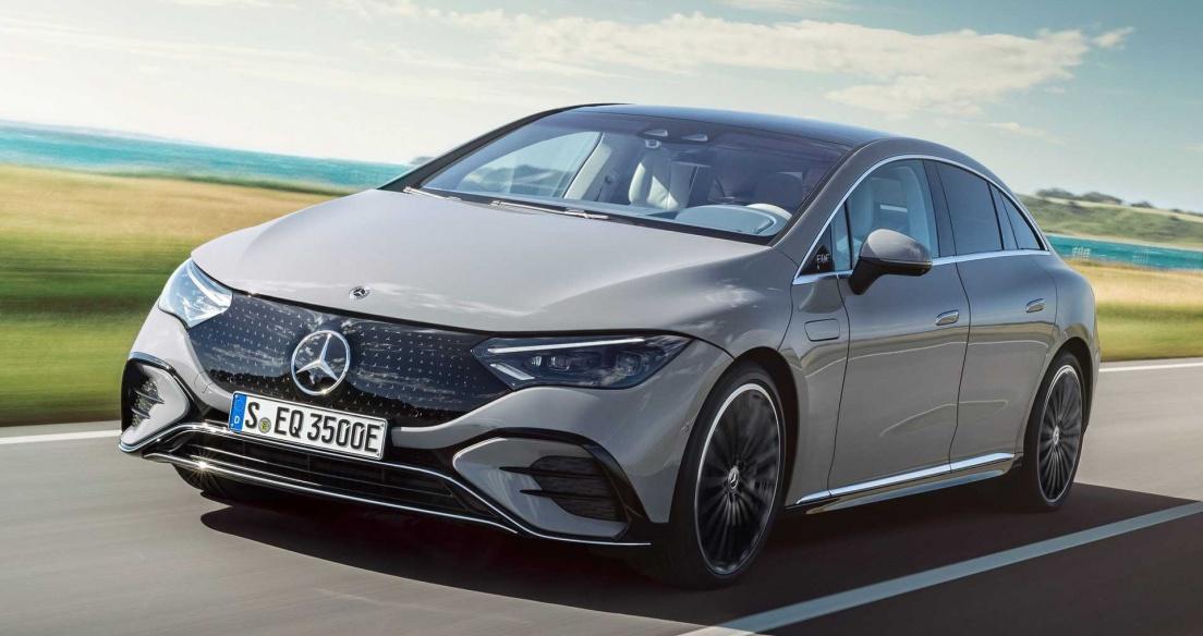 Mercedes EQE 2023 - E Class của kỷ nguyên xe điện - tự tin đối đầu Tesla