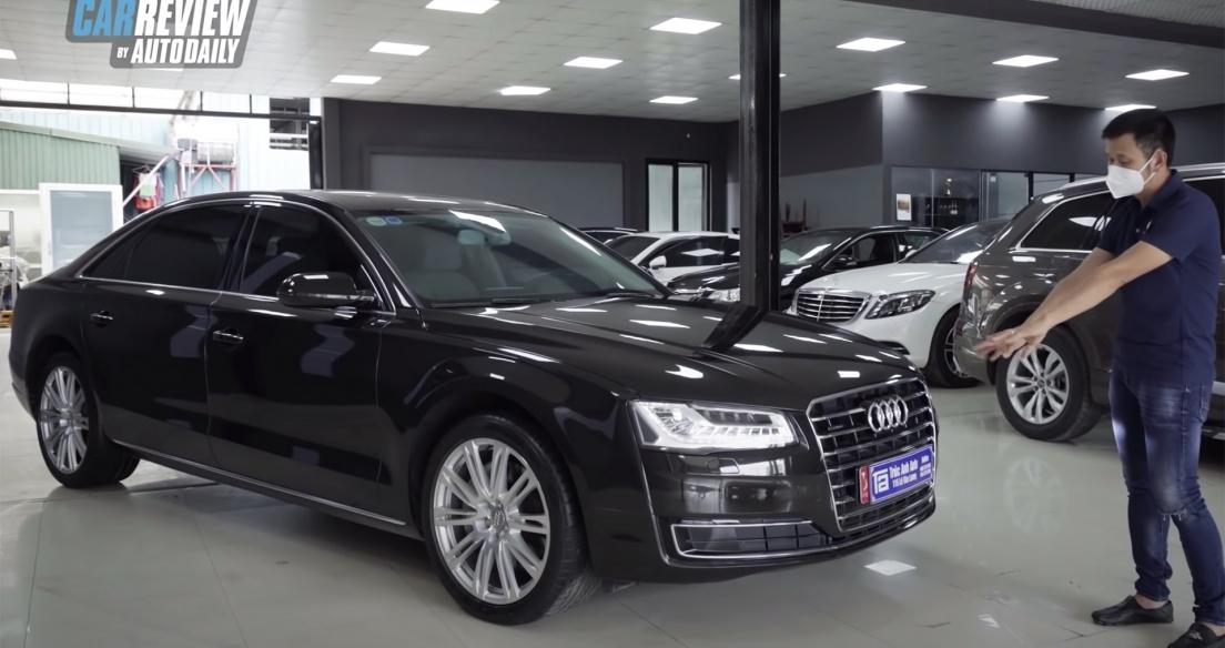 Có 2,8 tỷ - Nên bóc tem Mercedes E300 hay mua Audi A8L lướt đẳng cấp?
