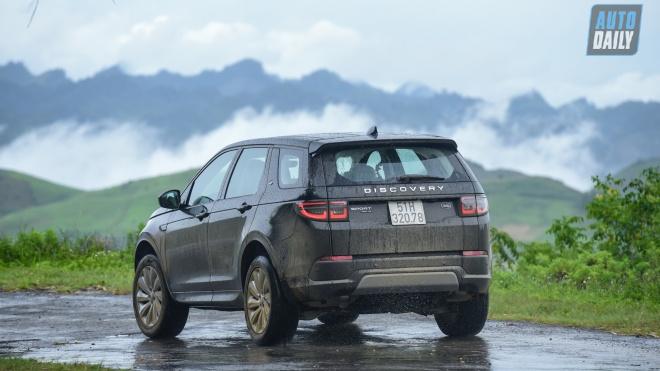 Đánh giá Land Rover Discovery Sport 2020: SUV hạng sang 5+2 cho gia đình Việt