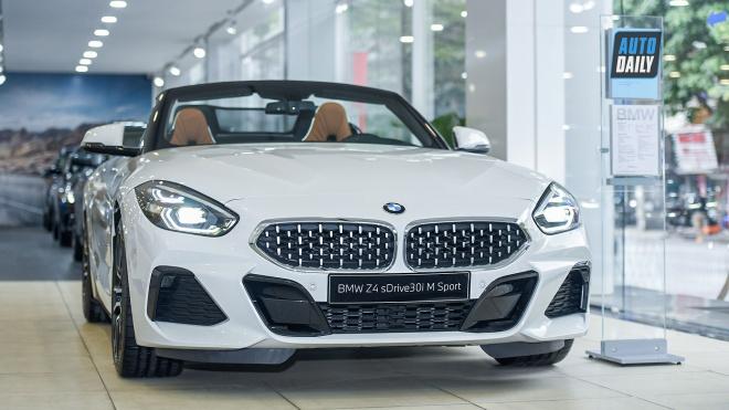 Cận cảnh BMW Z4 hoàn toàn mới tại Việt Nam: Xe mui trần thể thao 2 chỗ đầy thú vị