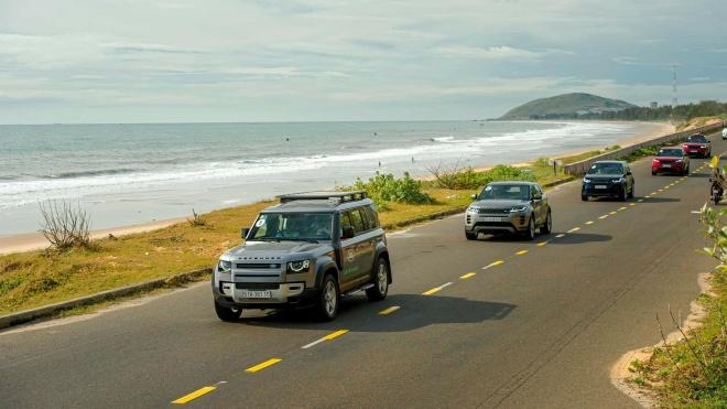 """Land Rover Experience - Hành trình """"lên rừng, xuống biển"""""""