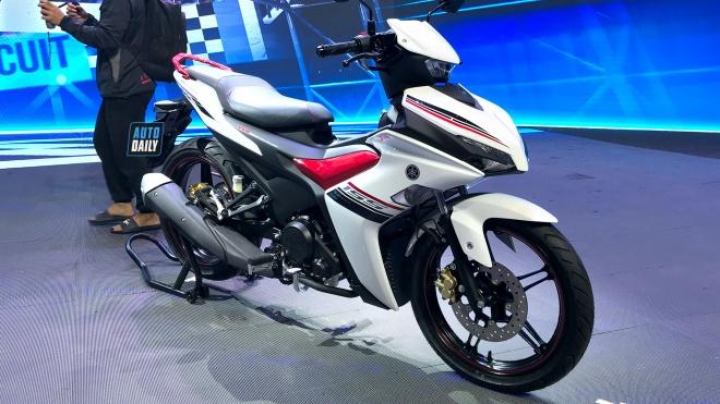"""Yamaha Exciter 155 VVA """"gây bão"""" tranh cãi"""