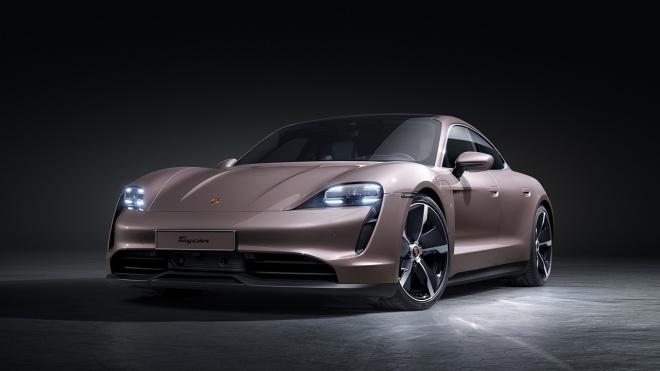 Porsche mở rộng danh mục dòng xe điện Taycan tại thị trường Việt Nam