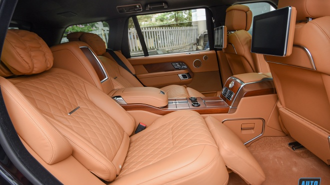 Ảnh chi tiết Range Rover SVAutobiography 3.0 2021 nội thất cá nhân hóa