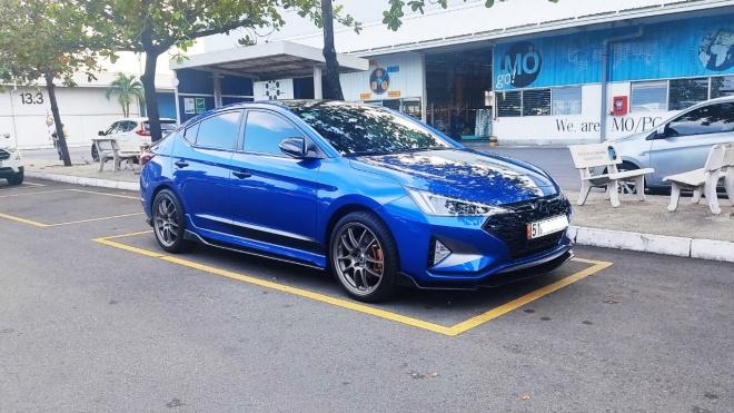 Người dùng đánh giá Hyundai Elantra Sport: Hãy lái thử và bạn sẽ xóa bỏ định kiến với xe Hàn