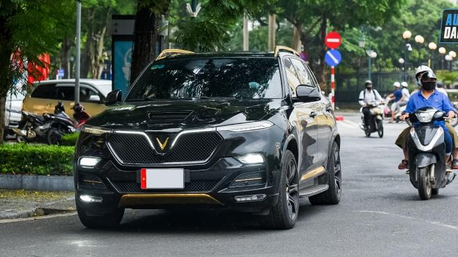 Autodaily Street Shots (P2): VinFast President cùng dàn 'chân dài' từ Đức