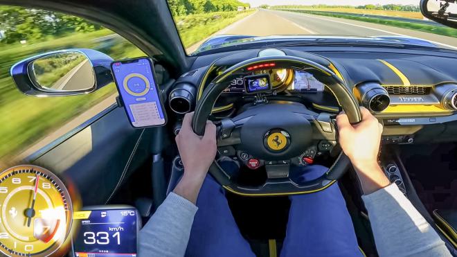 Video Ferrari 812 SuperFast đạt 331 km/h dễ dàng trên Autobahn