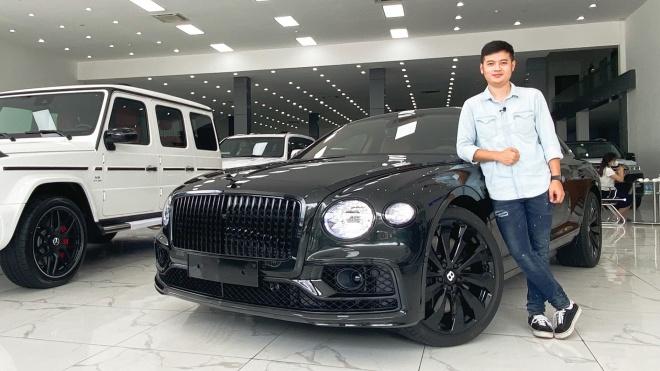 """Trải nghiệm Bentley Flying Spur 2021 """"màu độc"""" tại Việt Nam"""
