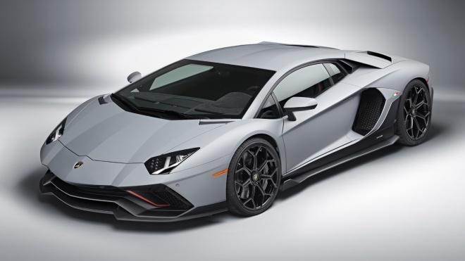 Lamborghini Aventador LP780-4 Ultimae ra mắt, giới hạn chỉ 600 chiếc
