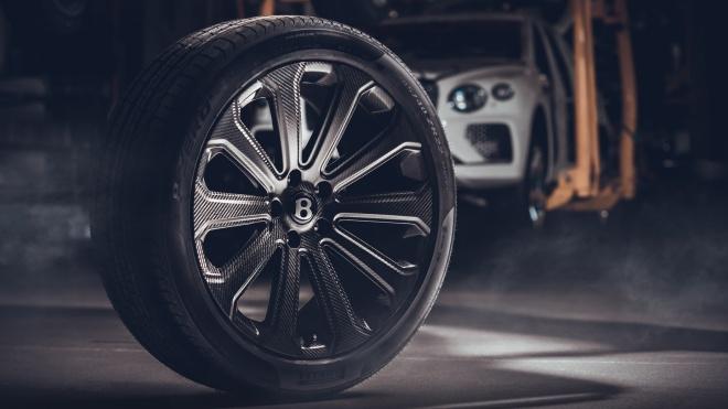Bentley Bentayga được trang bị mâm xe carbon lớn nhất thế giới
