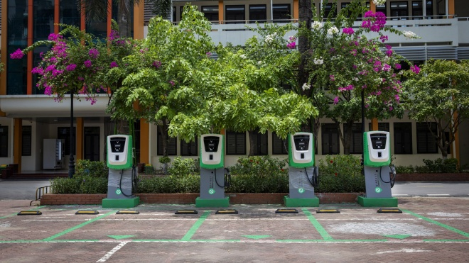 VinFast lắp đặt thần tốc hơn 8.100 cổng sạc ô tô, xe máy điện tại 60 tỉnh thành