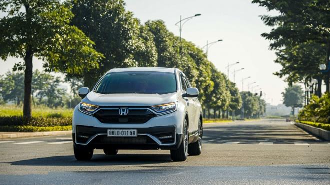 Tháng 8/2021: Honda CR-V được ưu đãi 100% phí trước bạ