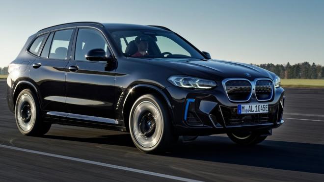 BMW iX3 2022 ra mắt với ngoại hình ấn tượng và nhiều công nghệ mới