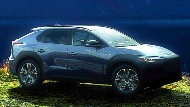 SUV chạy điện Subaru Solterra 2023 chính thức lộ diện