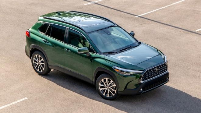 Toyota Corolla Cross 2022 chốt giá từ 22.195 USD