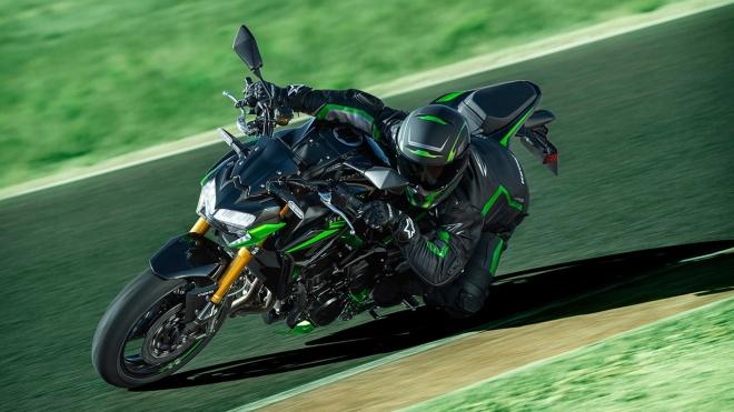 Kawasaki Z900 SE 2022 sắc nét hơn, cải tiến hệ thống treo và phanh