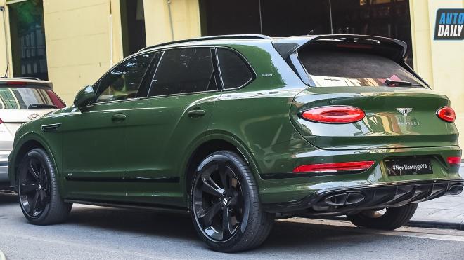Siêu SUV Bentley Bentayga First Edition 2021 màu độc giá hơn 18 tỷ