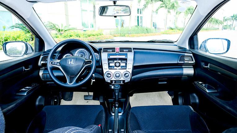 HondaCity_interior-4.jpg