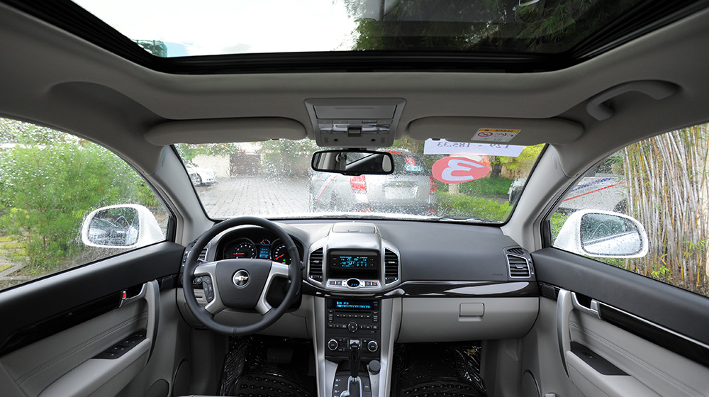 Chevrolet-Captiva-LTZ-2014-12