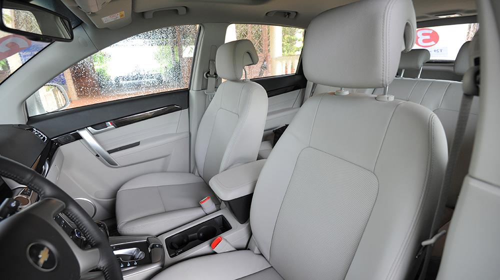 Chevrolet-Captiva-LTZ-2014-25