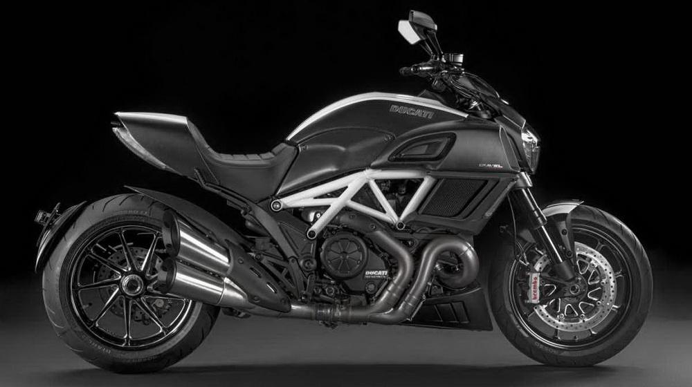 Ducati-Diavel-2015_1.jpg