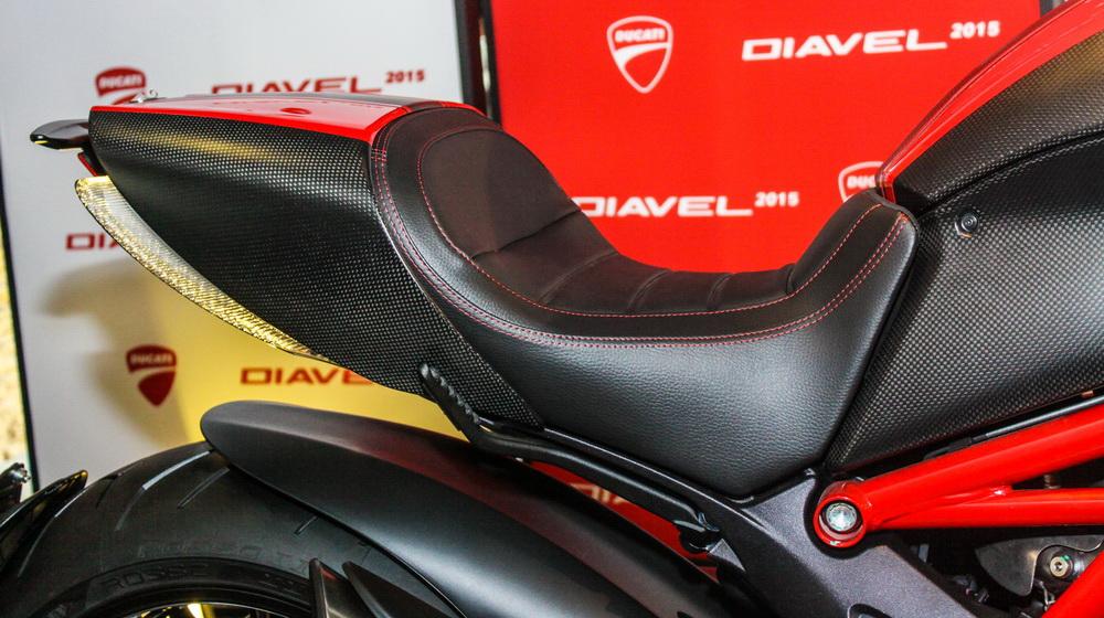 Ducati Diavel 2015 (11).jpg