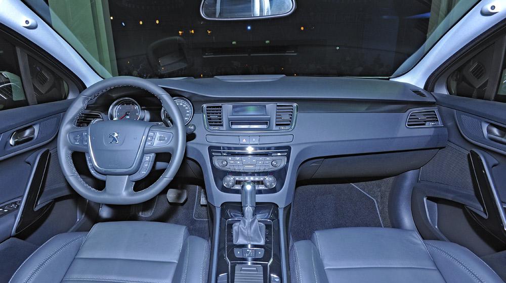 Peugeot-508 (13).jpg