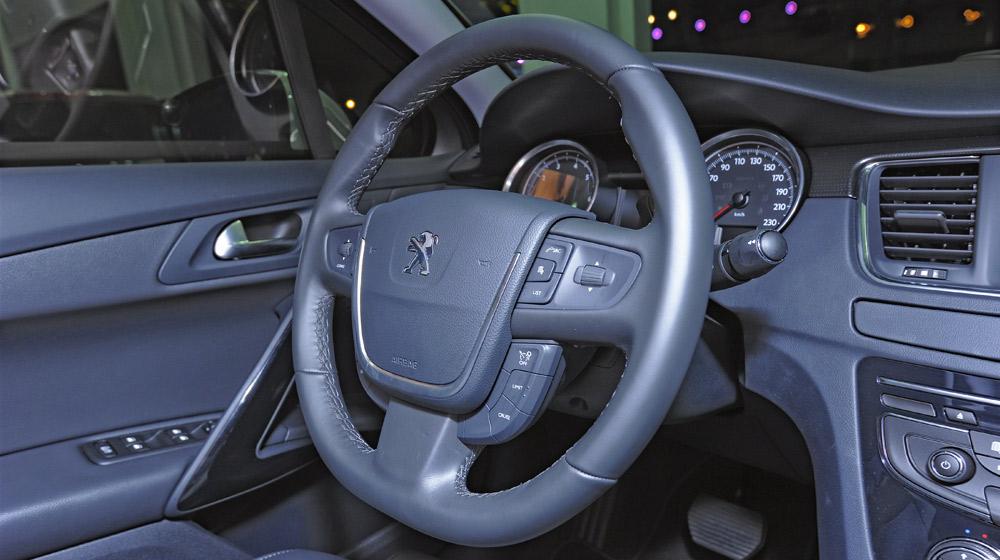 Peugeot-508 (15).jpg