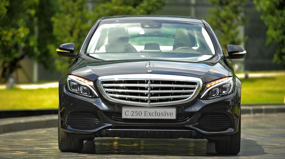 Bộ ba Mercedes C-Class 2015 khuấy động thị trường xe sang Việt