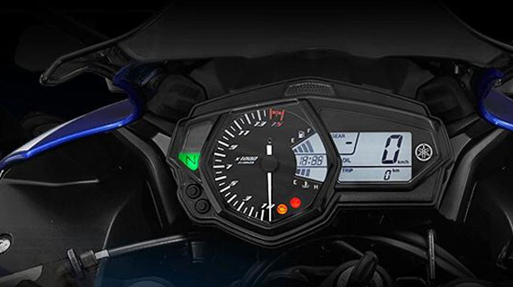 Yamaha-R25-Instrument-Cluster-Screen-Shot.jpg