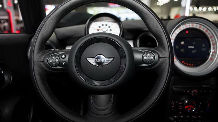 Mini-Cooper-Cabriolet (15).jpg