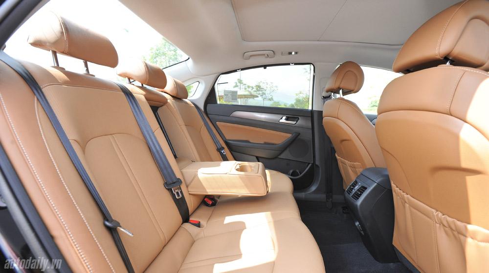 Hyundai Sonata 2014 (45).jpg